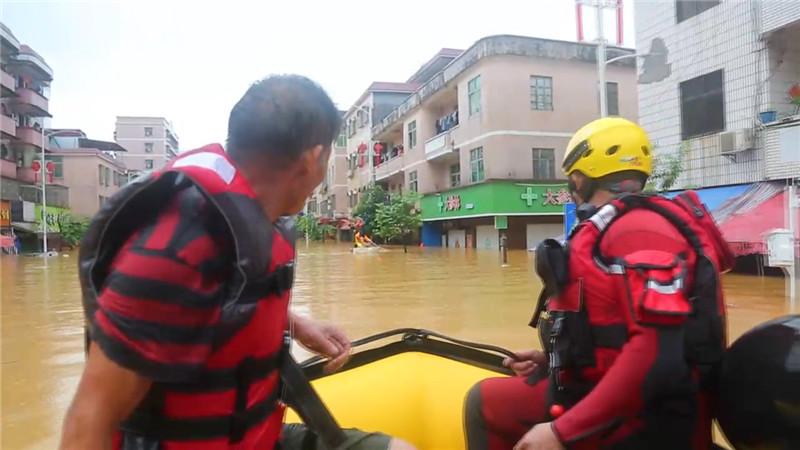 分秒必争,不辱使命——寰易水域应急救援队驰援惠州龙门洪涝灾区!